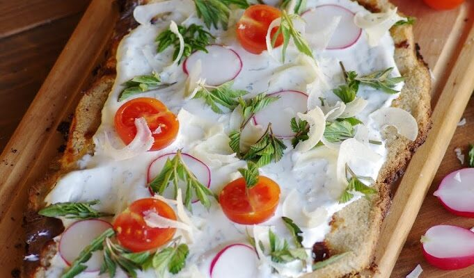 Grillitud lameleib juustukreemi ja kevadrohelisega